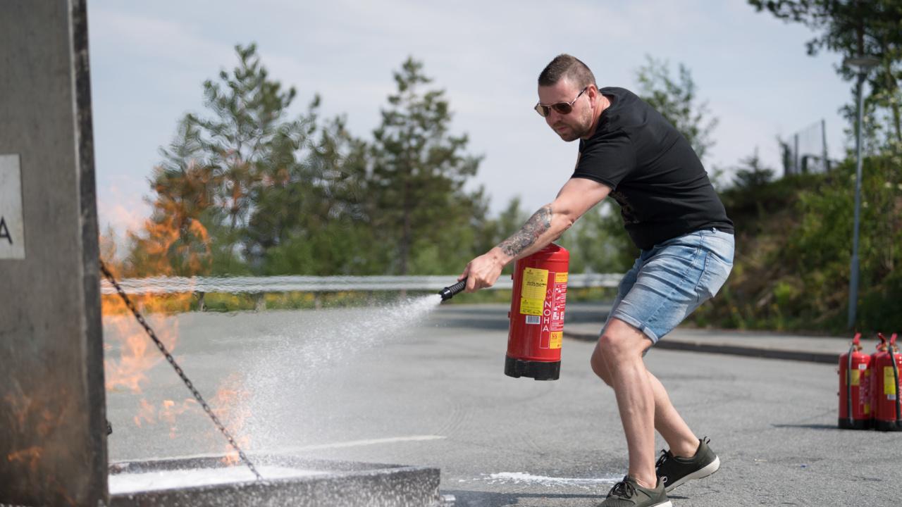 Brannkurs for Nordens største på asfalt og stein 5